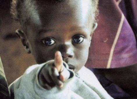 Bambino-nigeriano