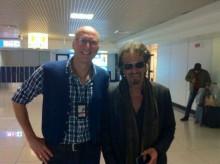 Roberto incontra il suo amico Al Pacino all'aeroporto