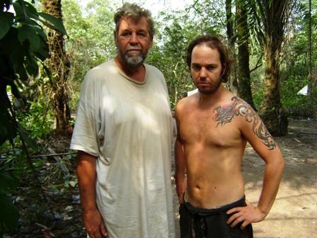Matthew John Maguire (a destra) insieme a Robin Barry Hughes rilasciato ad Aprile