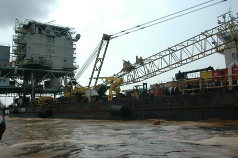 ExxonMobil-Piattaforma al largo di Ibeno